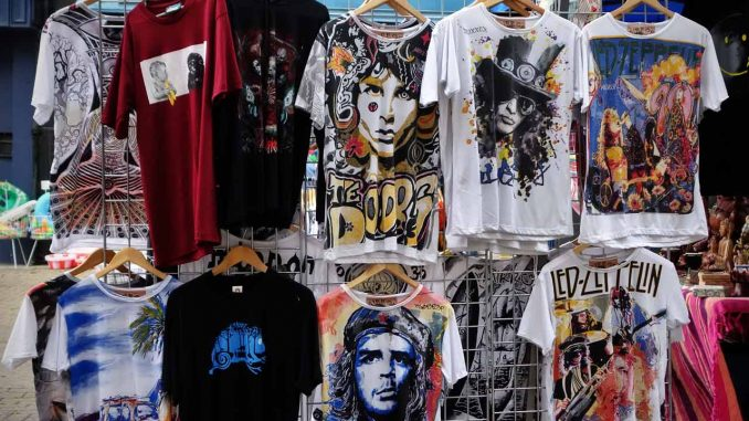 Τα T-shirts είναι μόδα - Αναμνήσεις από τα 80's