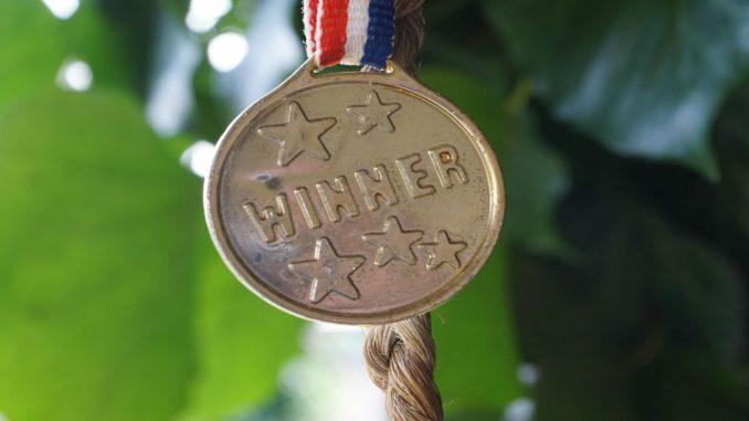 λερωμένο μετάλλιο